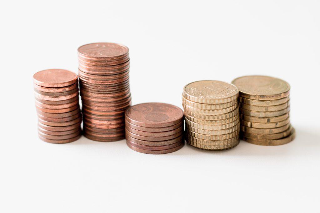 Pièces de monnaie européenne reçues pour prêt à tempérament