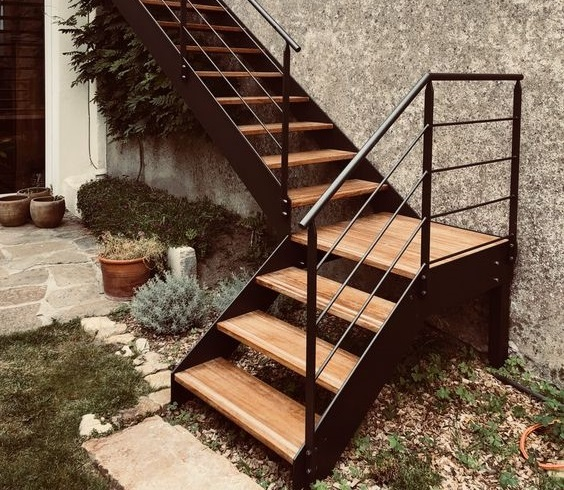 escalier extérieur sur mesure en métal