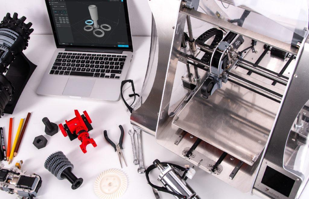imprimante 3D et accessoires pour production visières